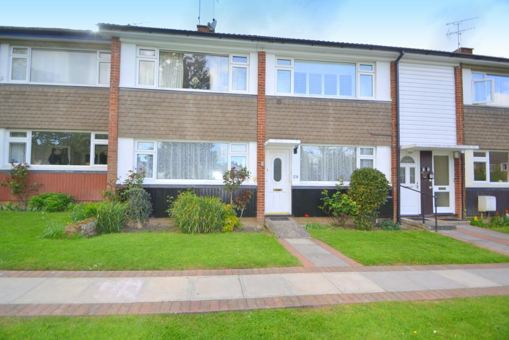 2 Bedrooms Ground Maisonette Flat for sale in The Priory, Writtle