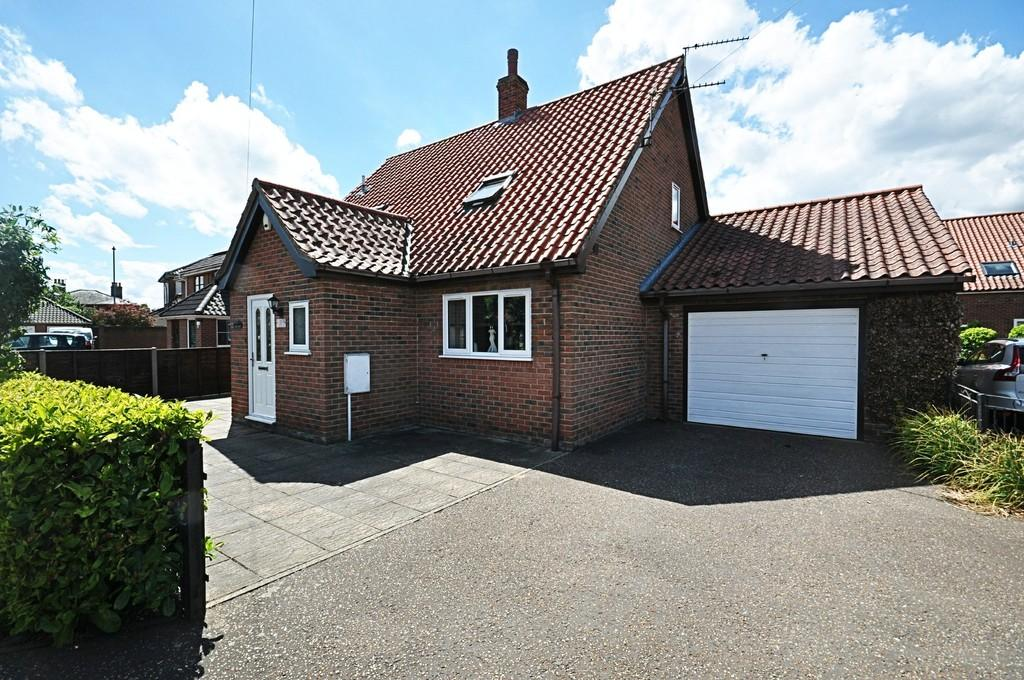 3 Bedrooms Chalet House for sale in Tavern Lane, Diss