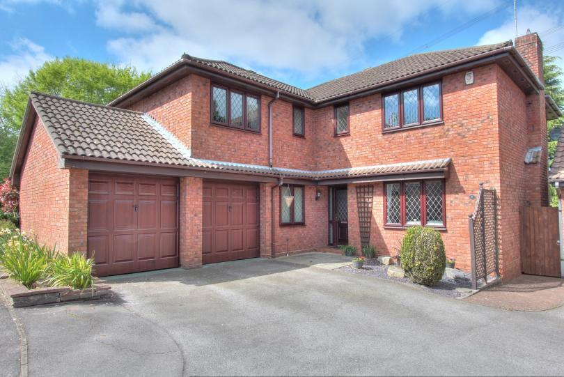 5 Bedrooms Detached House for sale in The Croft, Chandlers Ford