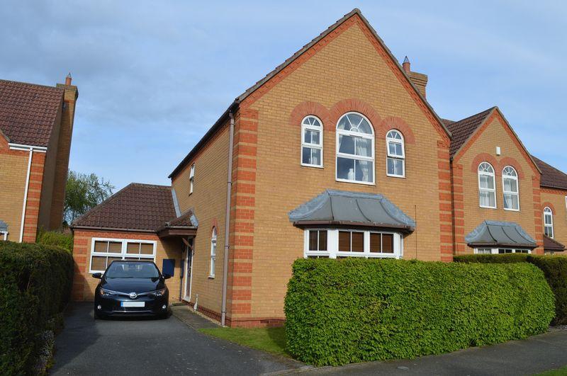 4 Bedrooms Detached House for sale in Lichfield Road, Bracebridge Heath