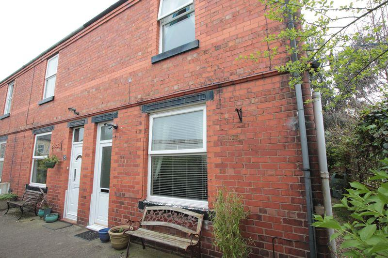 2 Bedrooms Terraced House for sale in Merllyn Terrace, St. Asaph