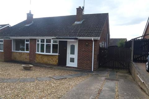 2 bedroom semi-detached bungalow to rent - Draycott Close, Northampton, NN3