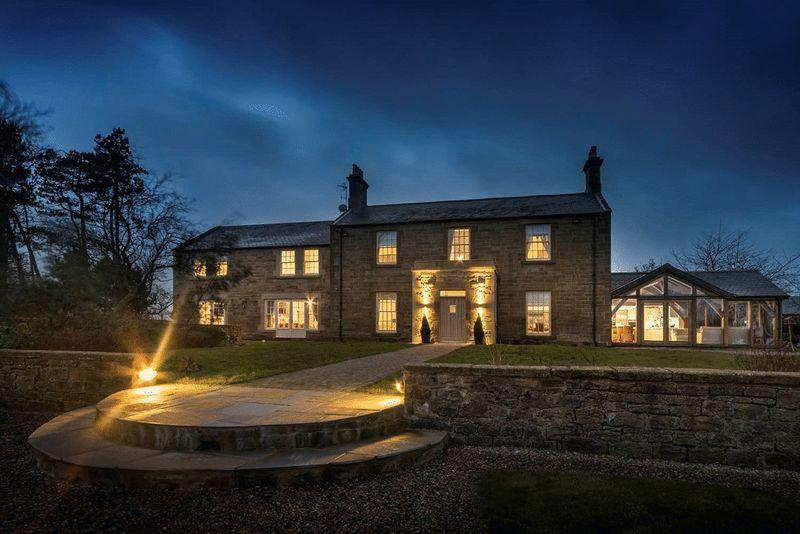 6 Bedrooms Detached House for sale in The Farmhouse, Ulgham Park, Morpeth