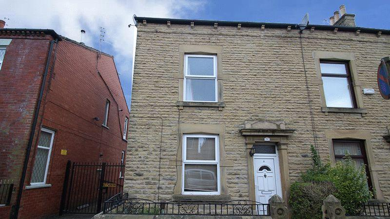 3 Bedrooms Terraced House for sale in Charlotte Street, Rochdale OL16 4TJ