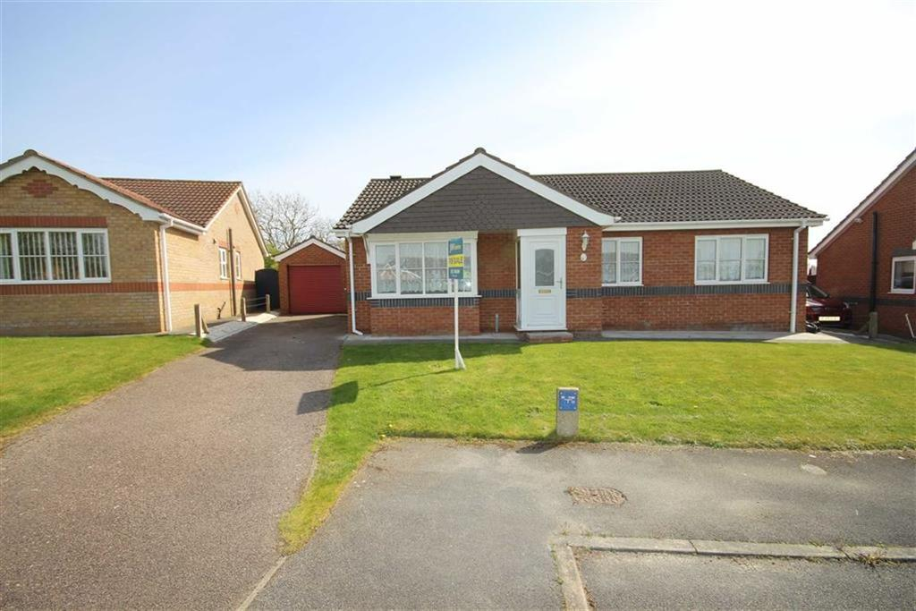 3 Bedrooms Detached Bungalow for sale in The Paddock, Cherry Willingham, Lincoln, Lincolnshire