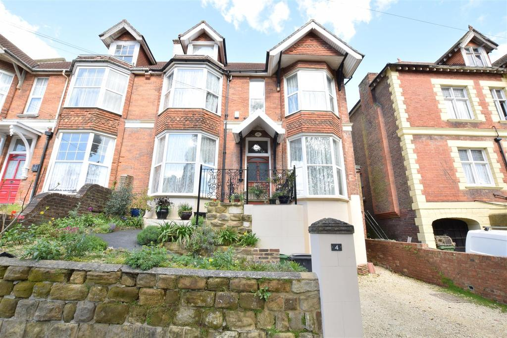 6 Bedrooms Semi Detached House for sale in Woodland Vale Road, St. Leonards-On-Sea