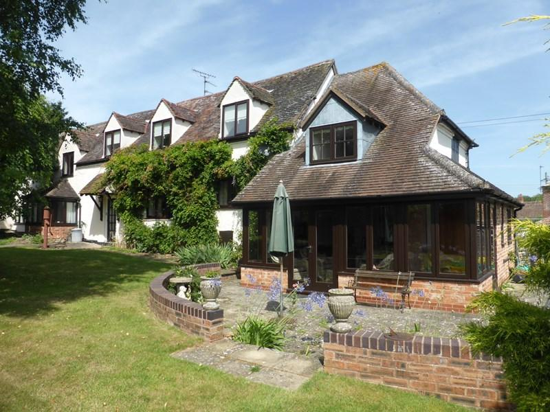 5 Bedrooms Detached House for sale in Malthouse Lane, Church Lench, Evesham