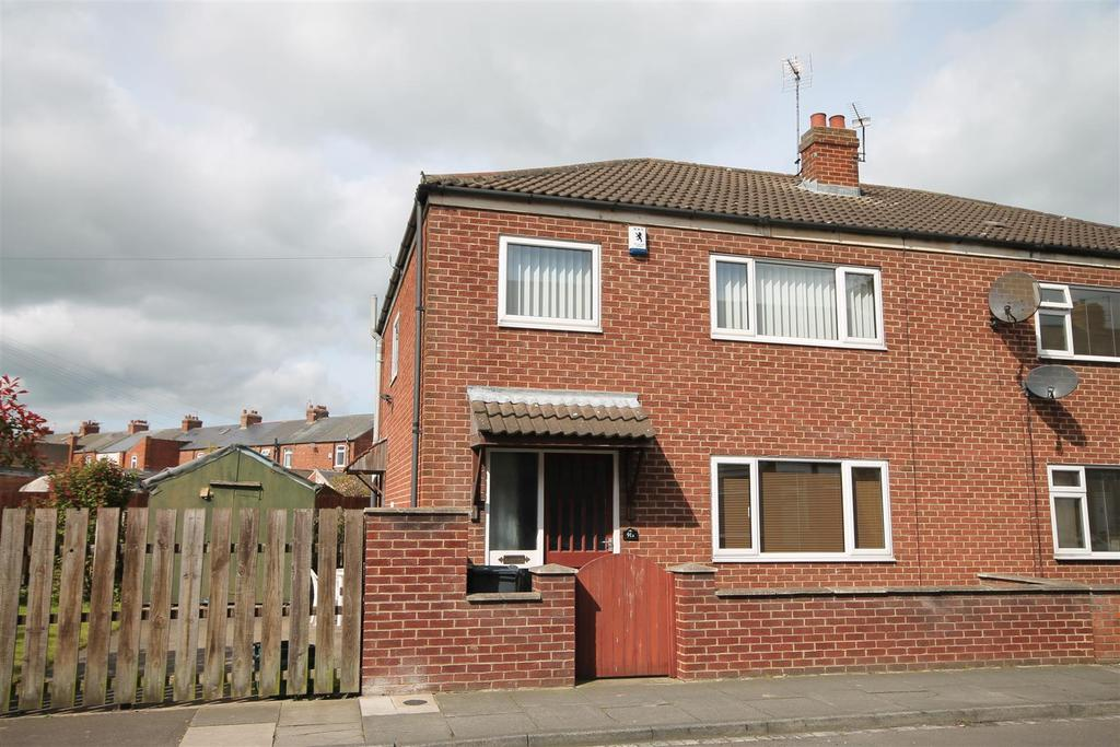 3 Bedrooms Semi Detached House for sale in Bowman Street, Darlington