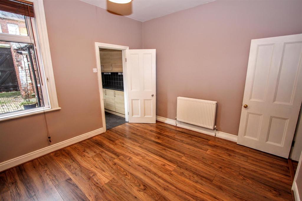 2 Bedrooms Terraced House for sale in George Street, Darlington