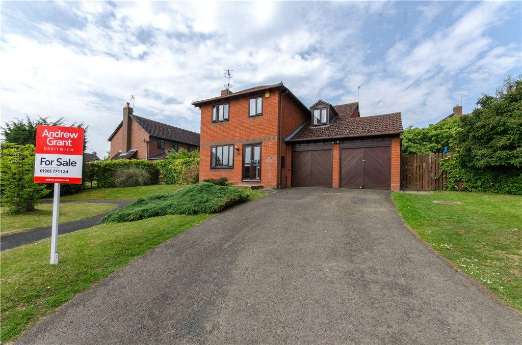 4 Bedrooms Detached House for sale in Shirley Jones Close, Droitwich, Worcestershire, WR9
