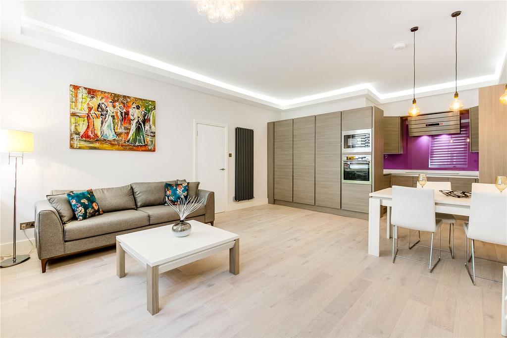 2 Bedrooms Flat for sale in Princes Gate, South Kensington, London