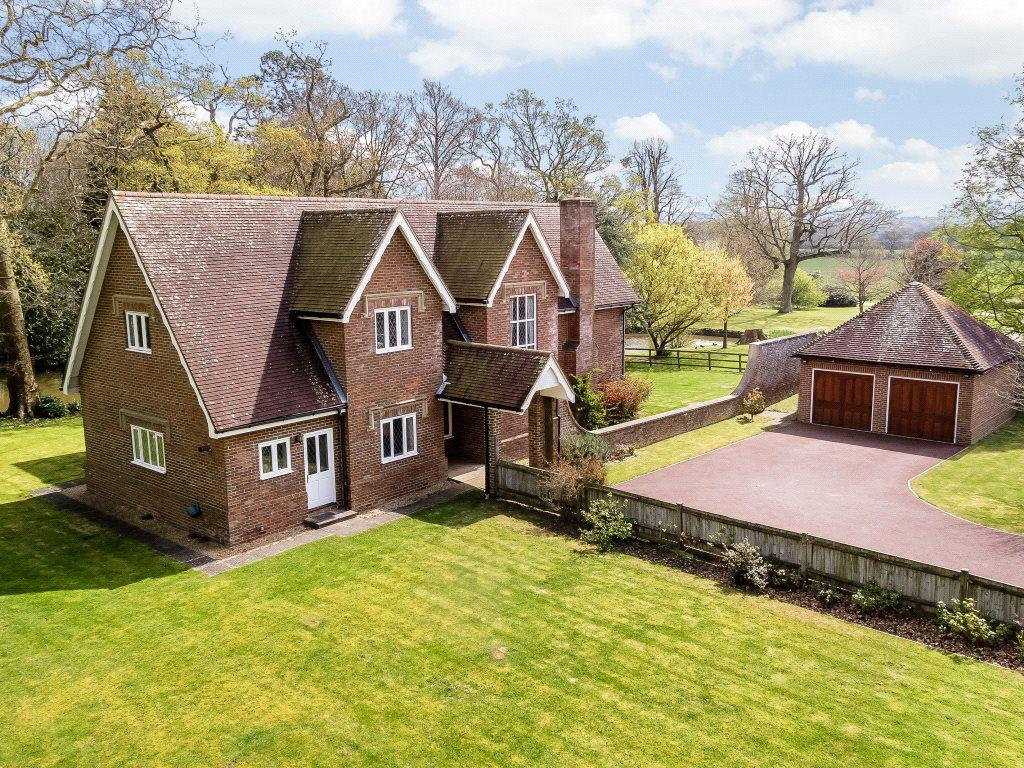 5 Bedrooms Detached House for sale in Shermanbury Grange, Brighton Road, Shermanbury, West Sussex