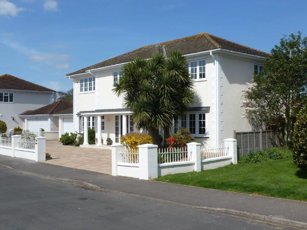 5 Bedrooms Detached House for sale in COLTS BAY, ALDWICK, WEST SUSSEX PO21