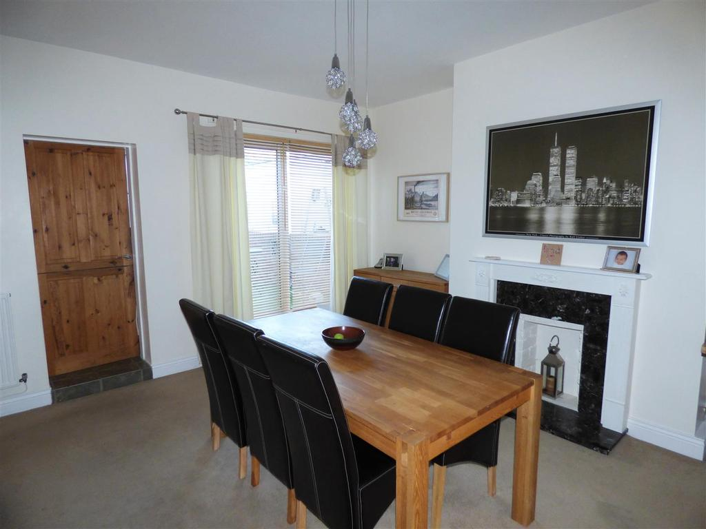 3 Bedrooms Terraced House for sale in Houghton Road, Hetton-Le-Hole