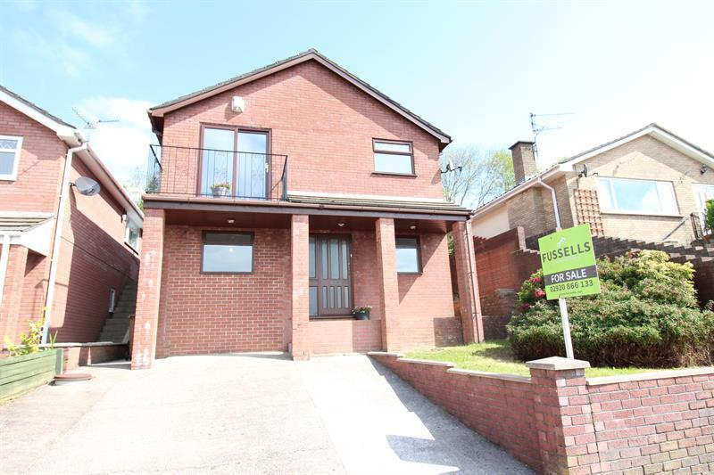 4 Bedrooms Detached House for sale in Garth View, Caerphilly