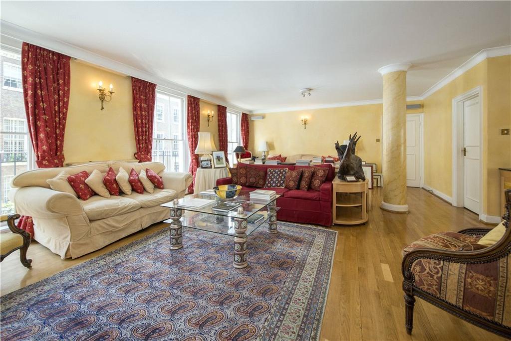 3 Bedrooms Flat for sale in Hill Street, Mayfair London, W1J