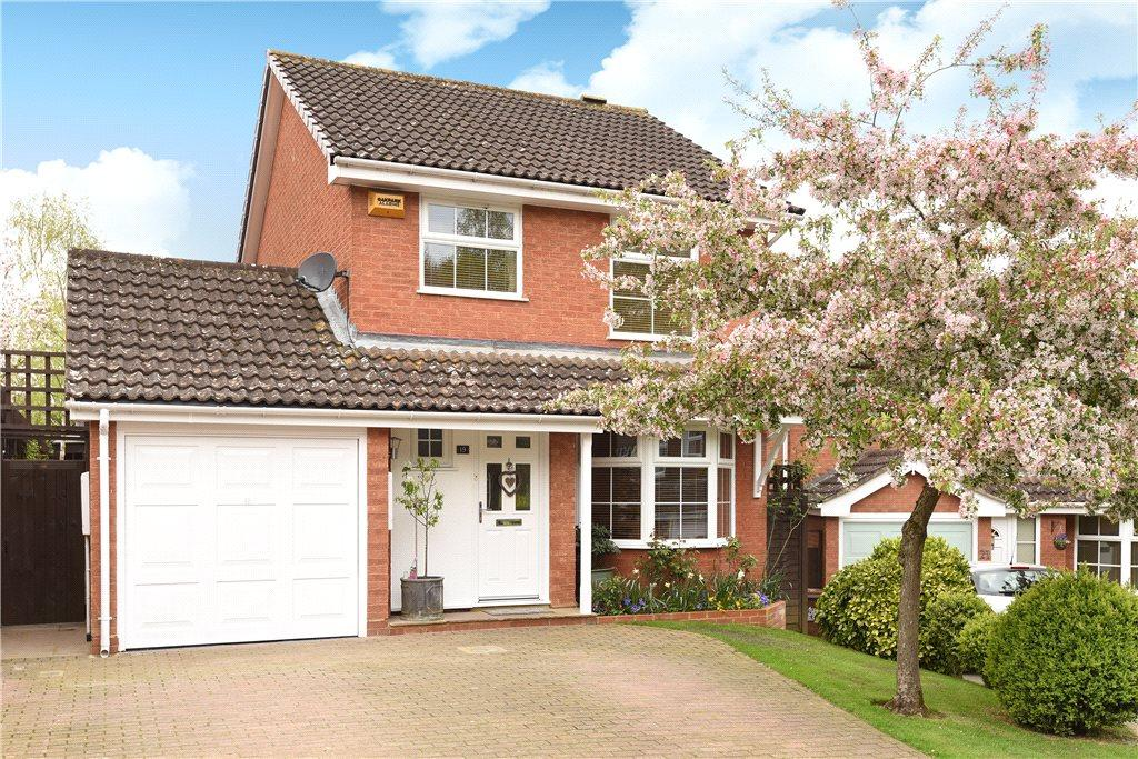 3 Bedrooms Detached House for sale in Willow Drive, Buckingham, Buckinghamshire
