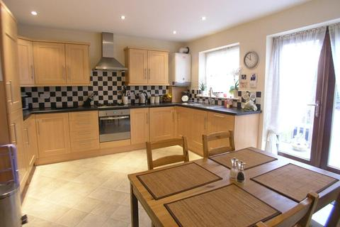 3 bedroom end of terrace house to rent - Low Fell