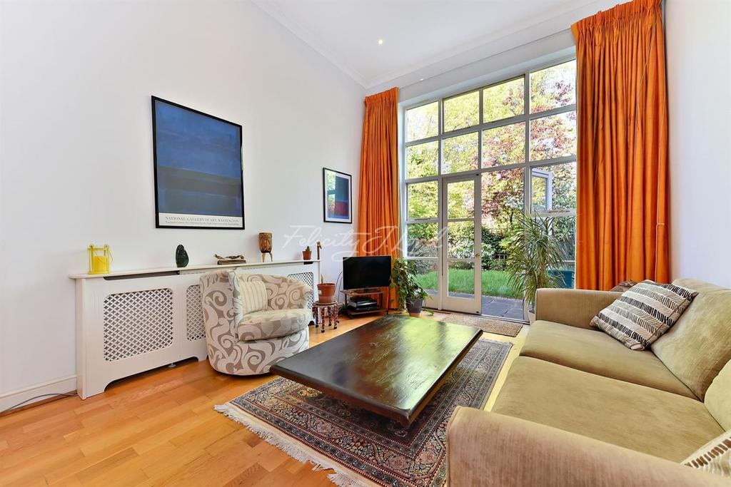 3 Bedrooms End Of Terrace House for sale in Cobble Mews, Highbury, N5