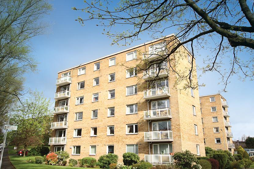 3 Bedrooms Flat for sale in 86 Whittingehame Court, Kelvindale, G12 0BH
