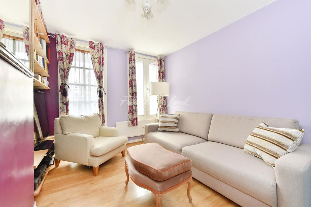 2 Bedrooms Flat for sale in Chelmsford House, Holloway, N7