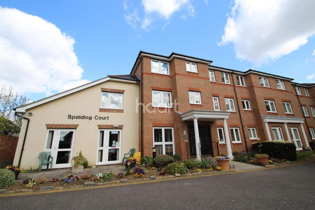 1 Bedroom Flat for sale in Spalding Court, Chelmsford