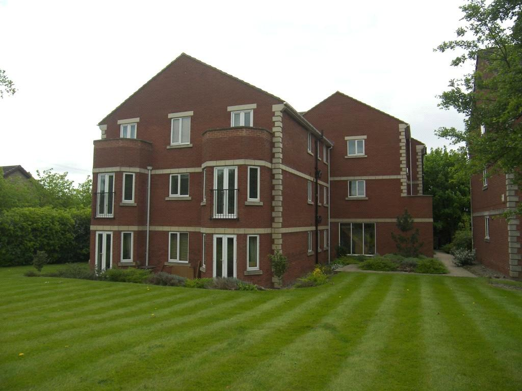 2 Bedrooms Apartment Flat for sale in The Gables, Highthorne Court, Shadwell, Leeds