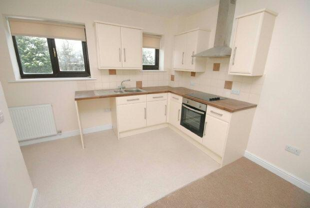 2 Bedrooms Flat for rent in Caistor Road, Laceby, Grimsby