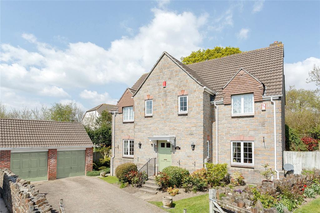 5 Bedrooms Detached House for sale in Charles Hankin Close, Ivybridge, Devon
