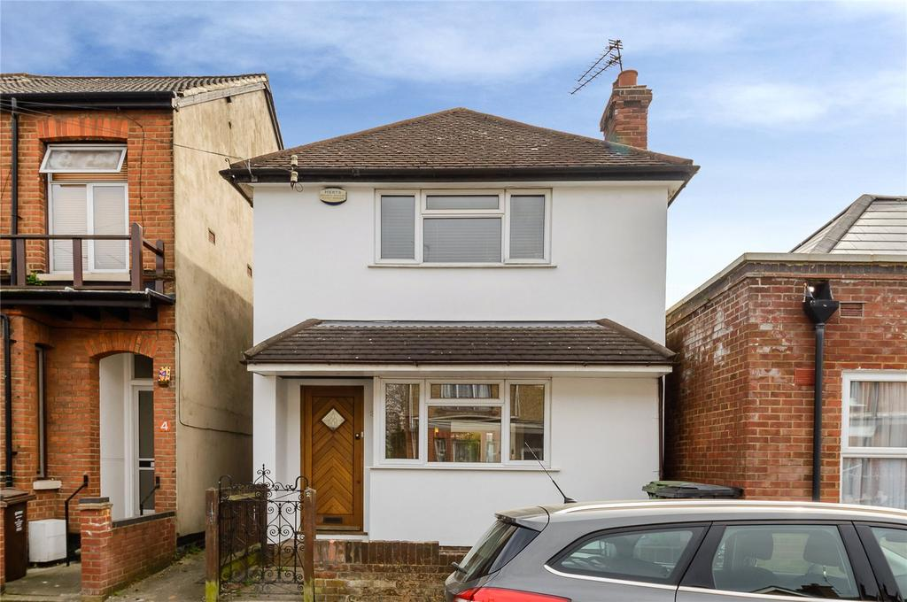 3 Bedrooms Detached House for sale in Burnham Road, St. Albans, Hertfordshire