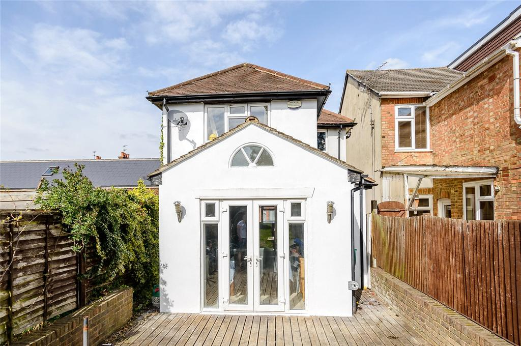 2 Bedrooms Detached House for sale in Burnham Road, St. Albans, Hertfordshire