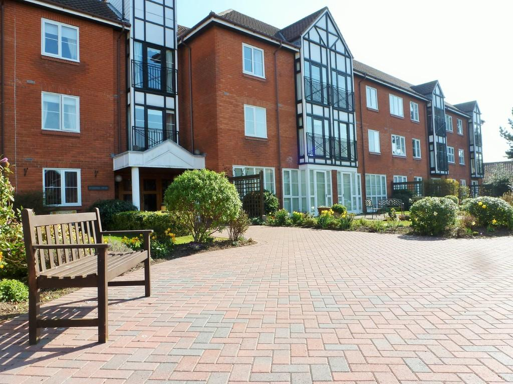 1 Bedroom Apartment Flat for sale in Cromer