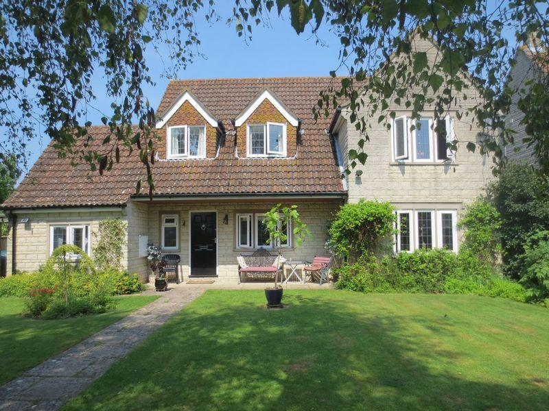4 Bedrooms House for sale in Stoneyhurst Drive, Curry Rivel, Langport