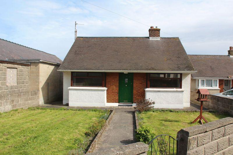 2 Bedrooms Detached Bungalow for sale in Vicarage Lane, Holyhead