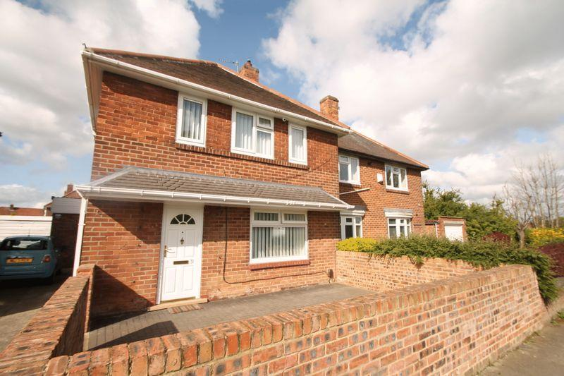 3 Bedrooms Semi Detached House for sale in Cavendish Road, Beechwood