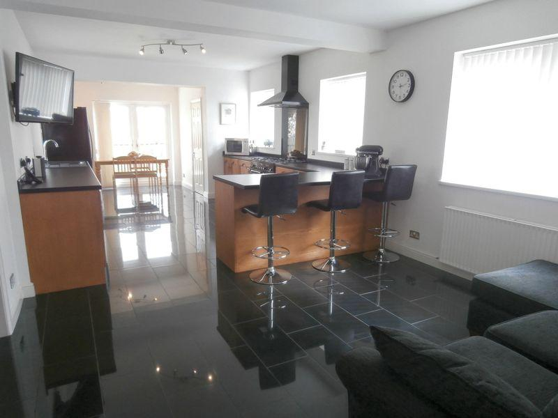 5 Bedrooms Detached House for sale in Main Street, Paull