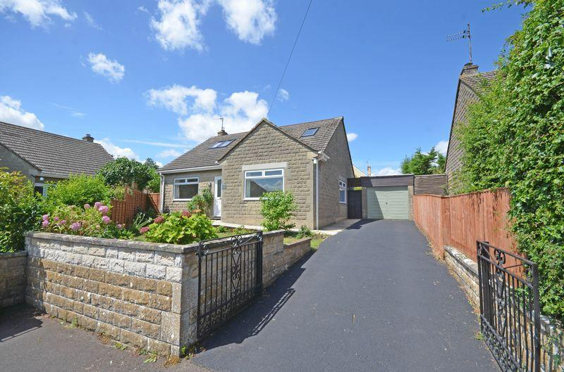 4 Bedrooms Detached Bungalow for sale in Great Parks, Holt