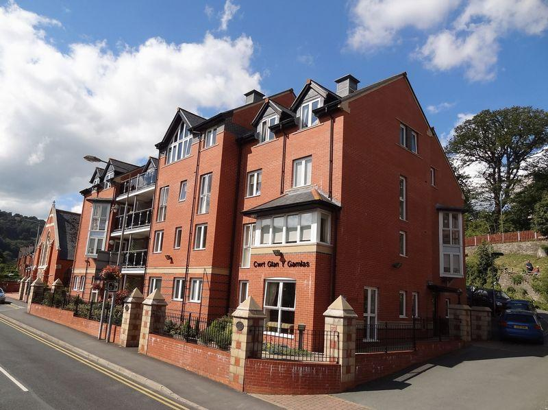 1 Bedroom Apartment Flat for sale in Cwrt Glan Y Gamlas, Llangollen