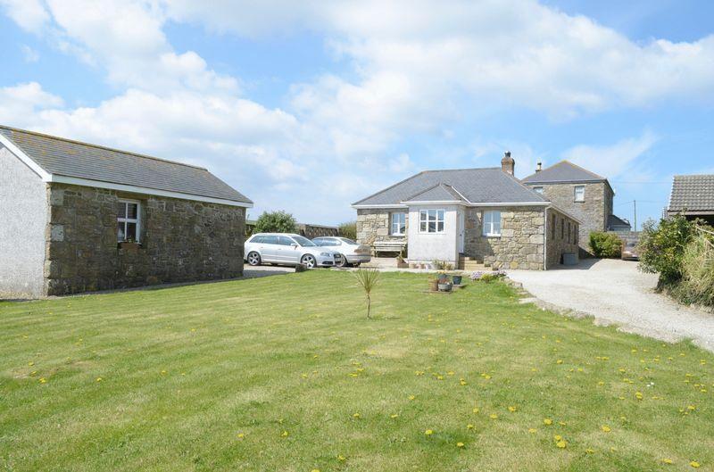 4 Bedrooms Detached Bungalow for sale in Higher Amalwhidden, St. Ives