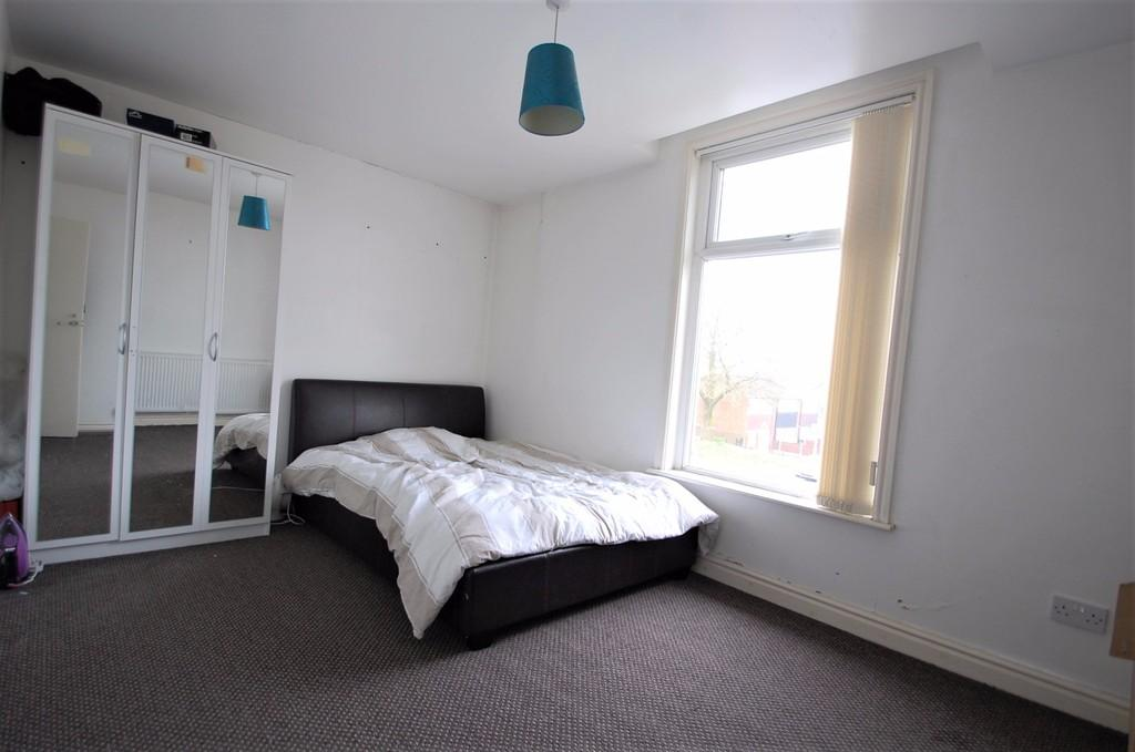 5 Bedrooms Terraced House for sale in Cherry Street, Audley Range, Blackburn