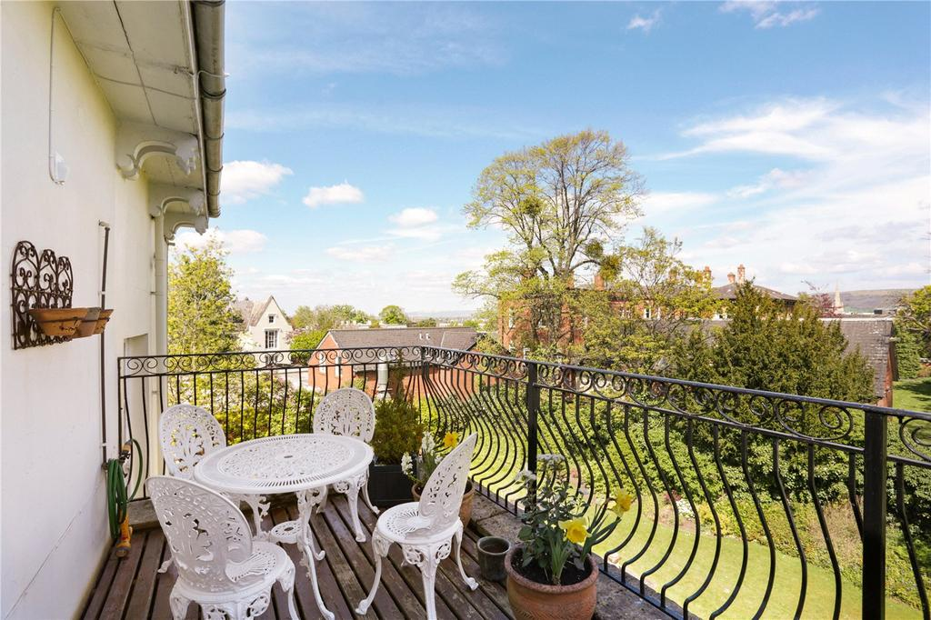 2 Bedrooms Flat for sale in Uplands, Malvern Road, Cheltenham, Gloucestershire, GL50