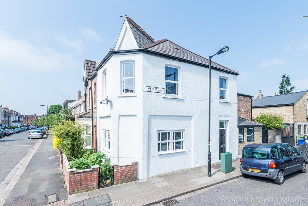 3 Bedrooms End Of Terrace House for sale in Surrey Road,Nunhead