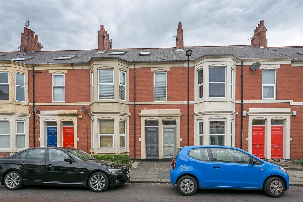 3 Bedrooms Maisonette Flat for sale in Newlands Road, Jesmond, Newcastle upon Tyne