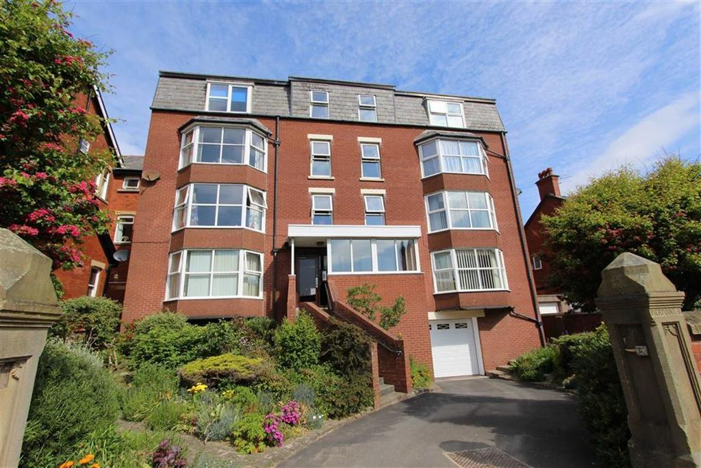 2 Bedrooms Apartment Flat for sale in 1 Beach Road, Lytham St Annes, Lancashire
