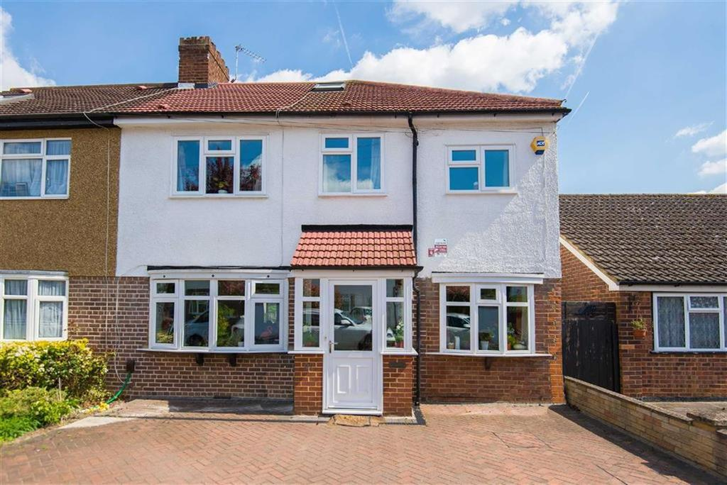 5 Bedrooms Semi Detached House for sale in East Towers, Pinner, Middlesex