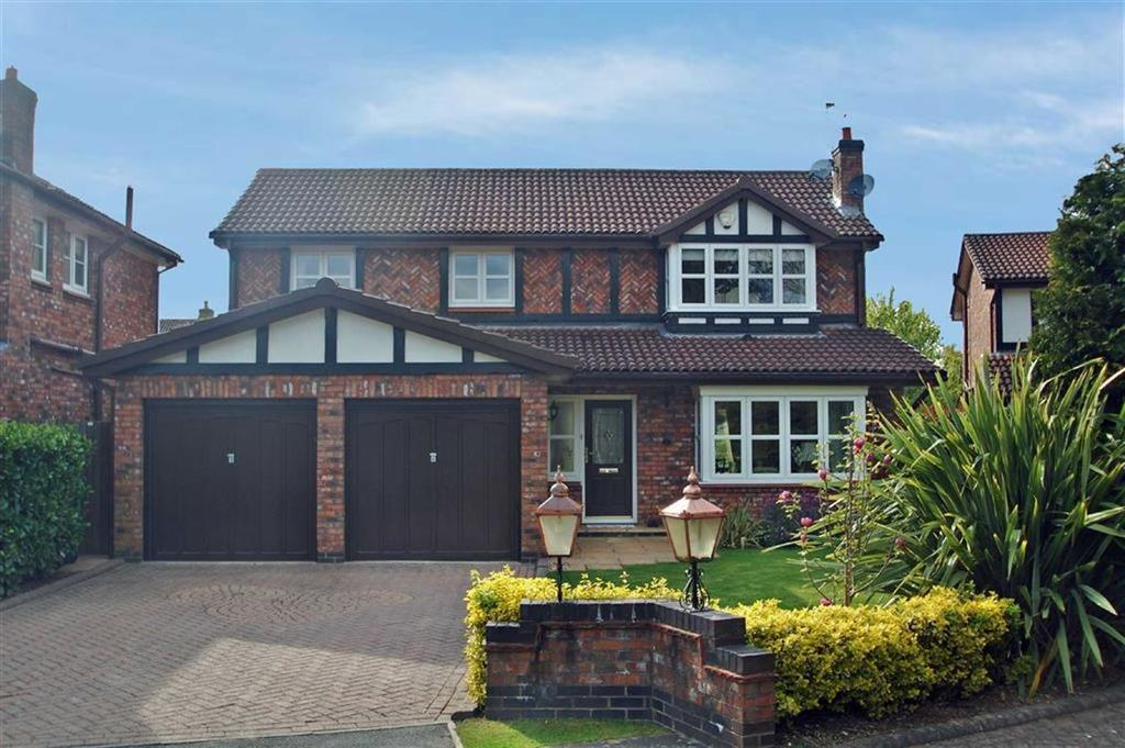 4 Bedrooms Detached House for sale in Walnut Close, Wilmslow, Cheshire