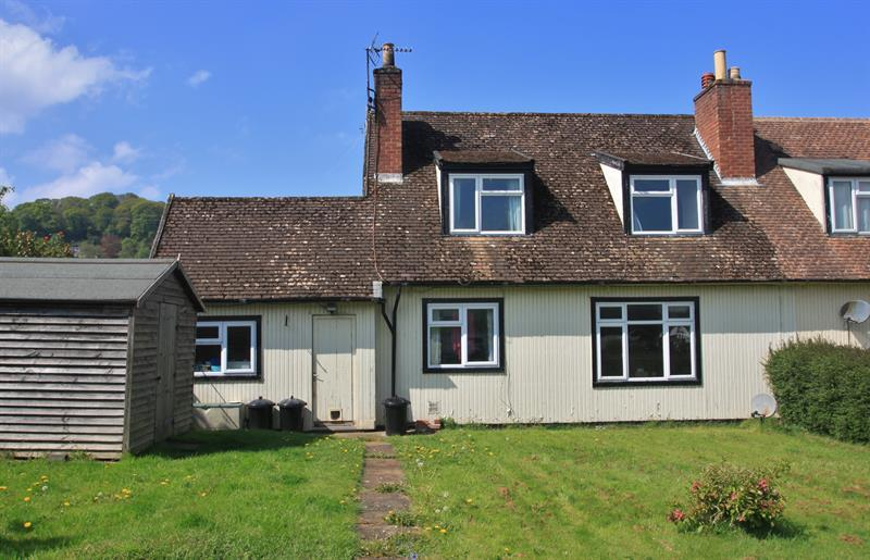 2 Bedrooms Semi Detached House for sale in Mitcheldean Road, Lea, Ross-On-Wye