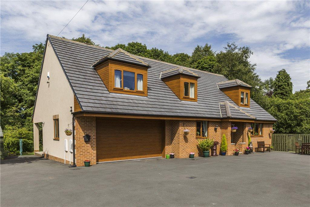 4 Bedrooms Detached House for sale in Brookside, Cullingworth, West Yorkshire