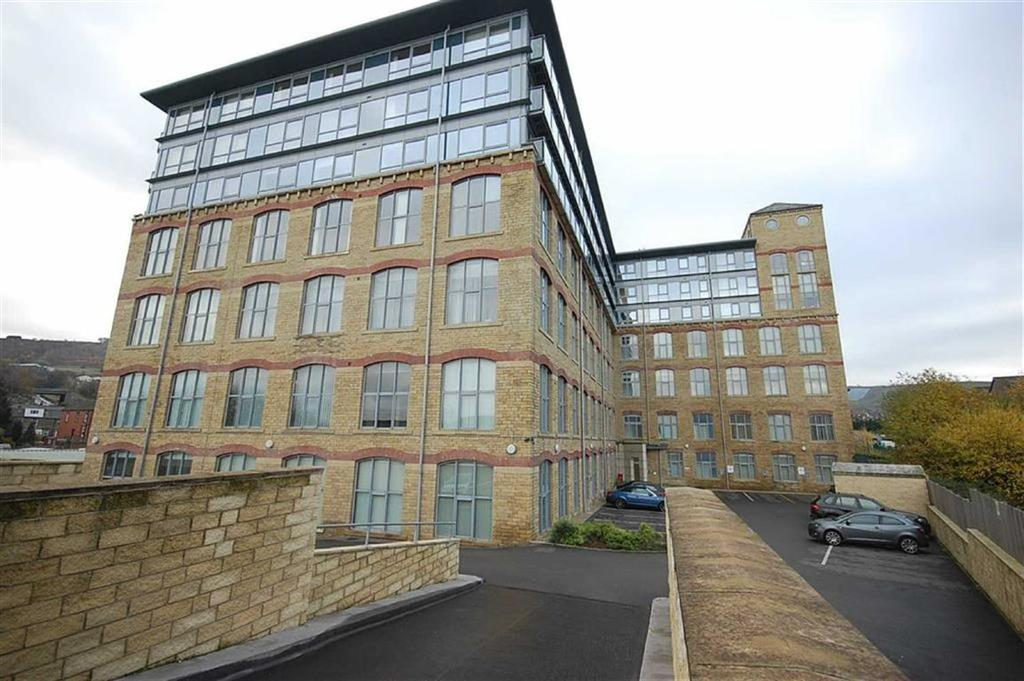 2 Bedrooms Flat for sale in Silk Mill, Elland, HX5