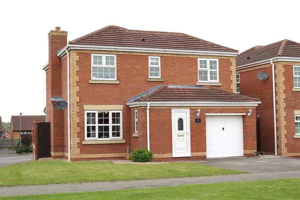 4 Bedrooms Detached House for sale in Dexter Way, Birchmoor, Tamworth